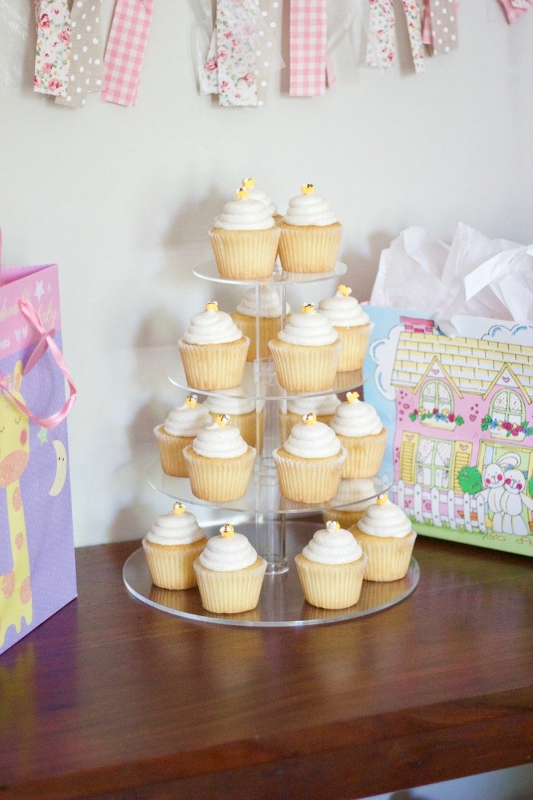 baby girl baby shower ideas, classic winnie the pooh shower