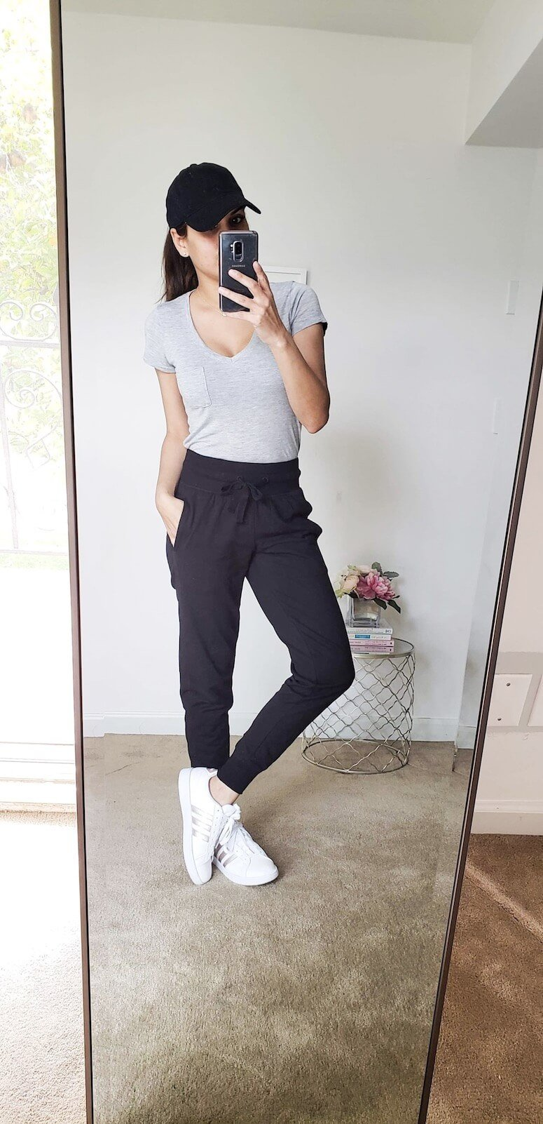 how to style joggers with a t-shirt: click to see 4 other ways to wear this trend!