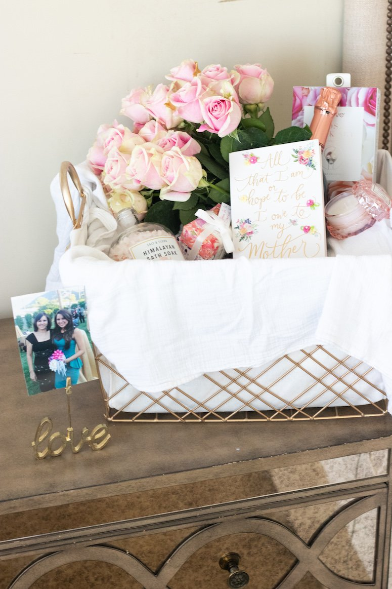 Luxury Mother's Day gift basket ideas