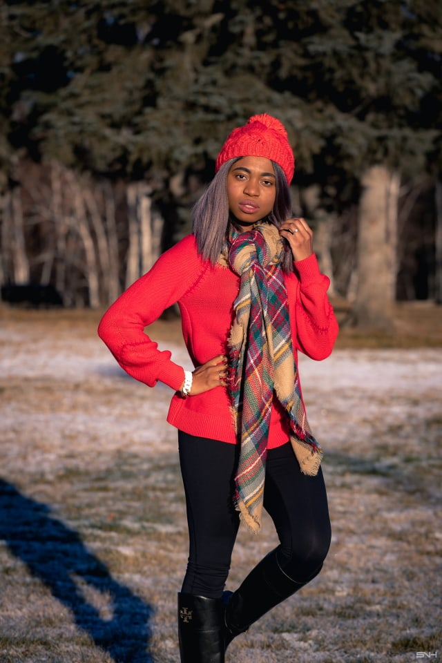 leggings with red sweater and scarf thanksgiving outfit ideas