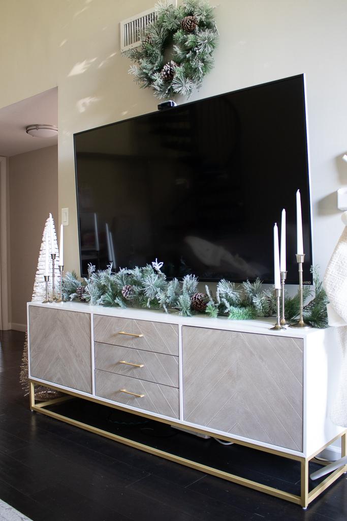 christmas tv stand decor