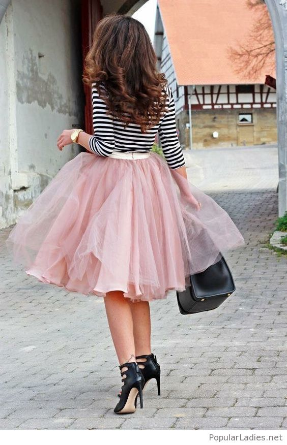 ways to wear pink skirt outfits