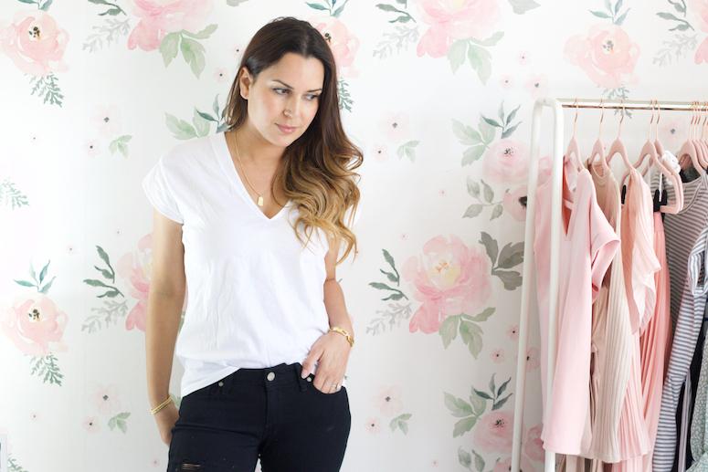 white FRAME t-shirt for women